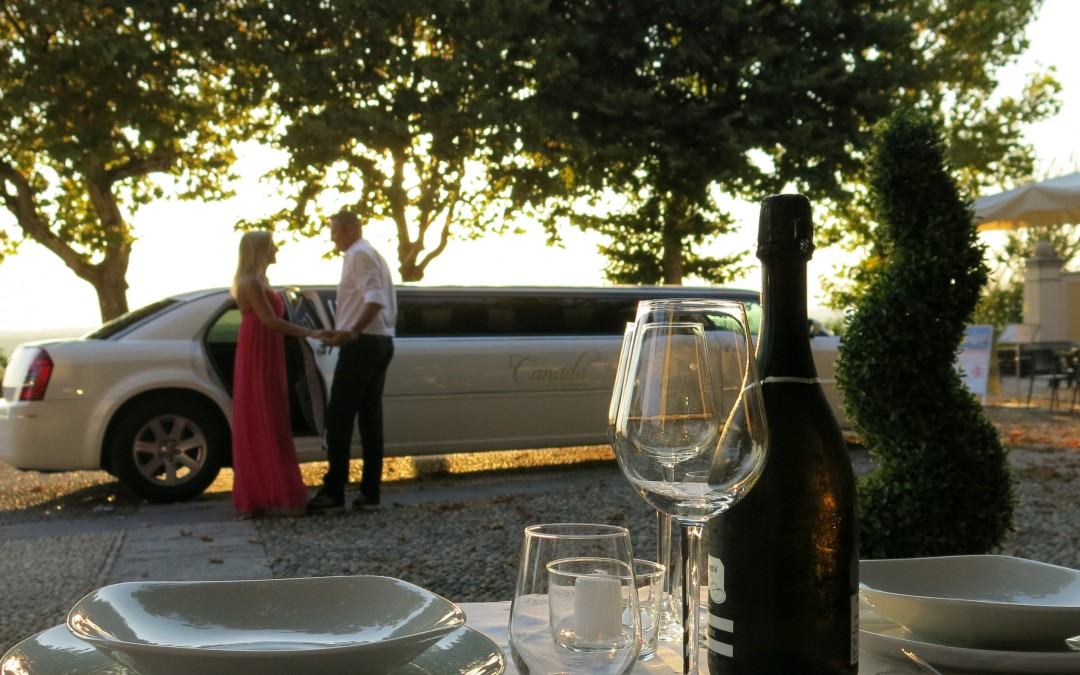 San Valentino in limousine e cena a lume di candela!