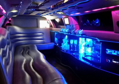 Limousine Chrysler 300C Empire interno