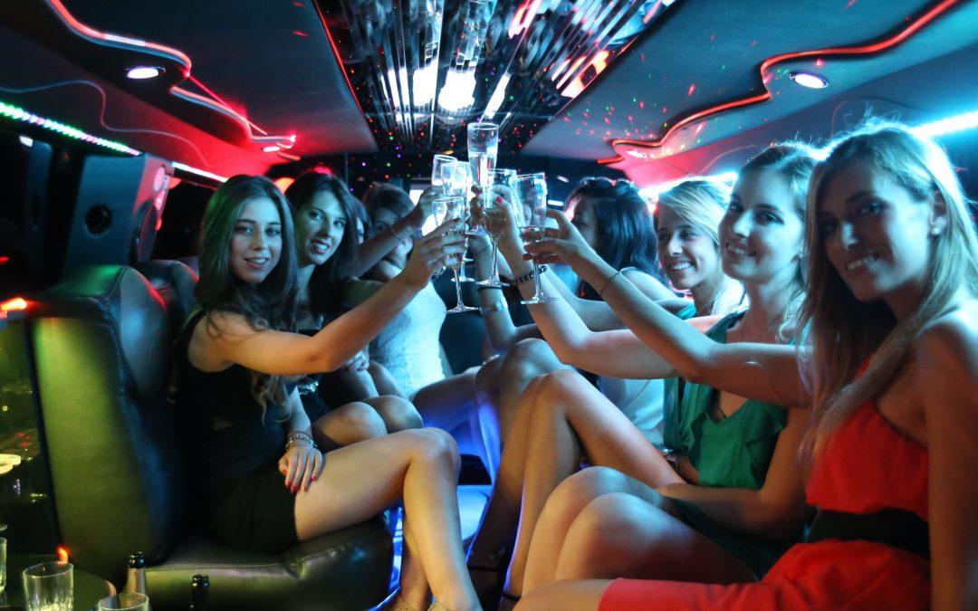 Addio al celibato e nubilato in limousine: è tempo di organizzarsi!